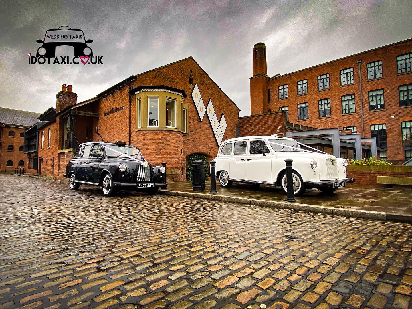 black and white classic wedding cars manchester - Copy